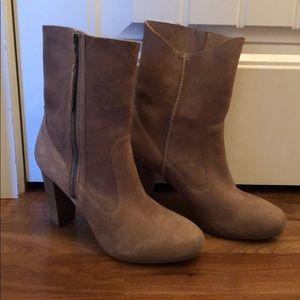 UGG Athena Suede Heel Boot Tan Khaki Size 10